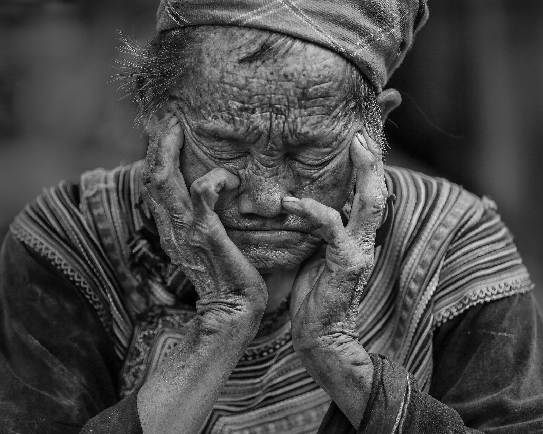 Old Lady - Issues, Problems, Social Media and the Manipulation Thereof